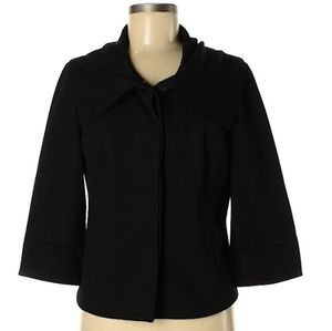 Black button up 3/4 sleeve jacket